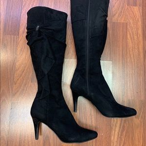 Impo Stretch Heeled Suede Boots Black